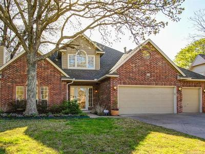 Tulsa Single Family Home For Sale: 7919 S Hudson Place