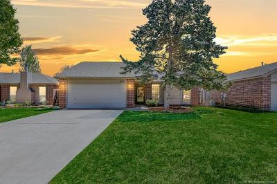 Tulsa Single Family Home For Sale: 6135 S Madison Place