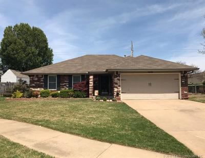 Broken Arrow Single Family Home For Sale: 1628 W Delmar Street