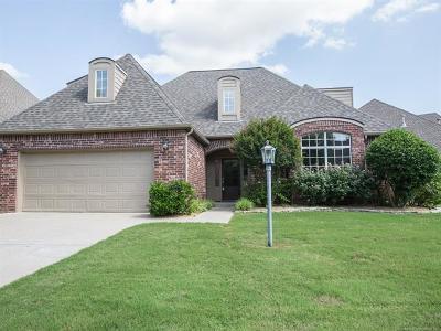 Tulsa Single Family Home For Sale: 8507 S 70th East Avenue