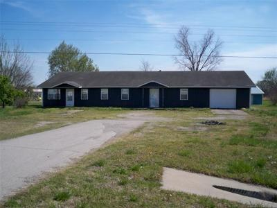 Claremore Single Family Home For Sale: 16382 E Hwy 20 Highway