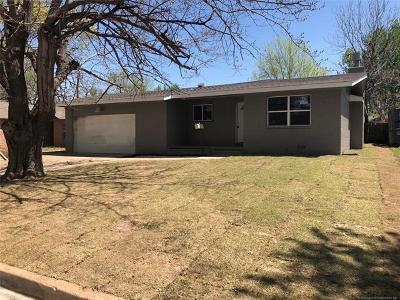 Tulsa Single Family Home For Sale: 551 S 98th East Avenue