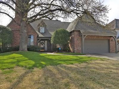 Tulsa Single Family Home For Sale: 10116 S Hudson Avenue
