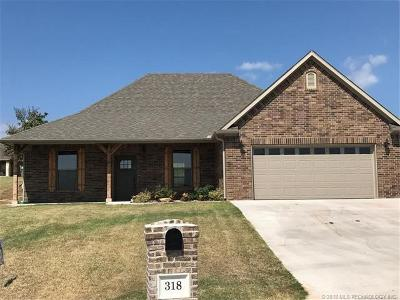Ada Single Family Home For Sale: 318 Colton Way