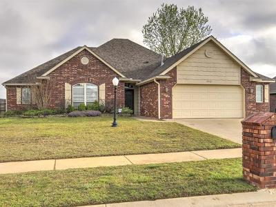 Collinsville Single Family Home For Sale: 10521 E 143rd Court N