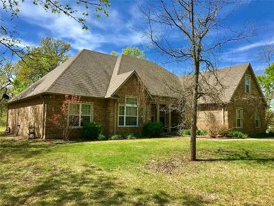 Single Family Home For Sale: 23833 County Road 1560