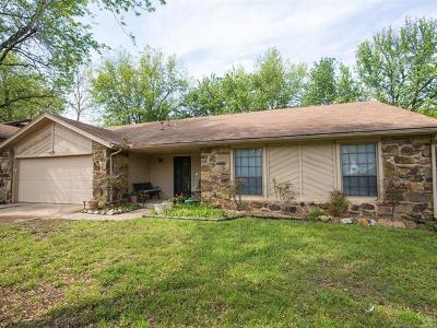 Bixby Single Family Home For Sale: 9921 E 114th Place S