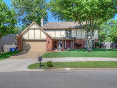 Tulsa Single Family Home For Sale: 8106 S Pittsburg Avenue