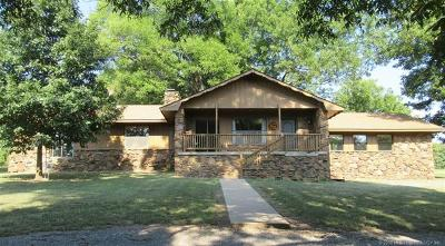 Tahlequah Single Family Home For Sale: 21833 S Jules Valdez Road