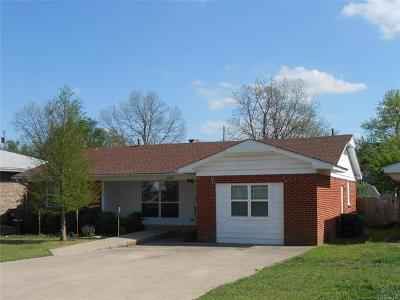 Ada OK Single Family Home For Sale: $134,900