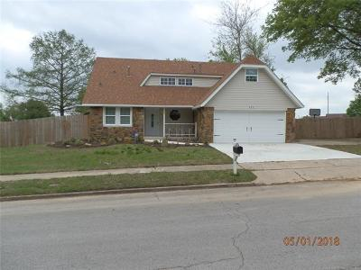 Jenks Single Family Home For Sale: 428 W 115th Street S