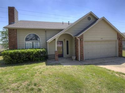Owasso Single Family Home For Sale: 8921 N 120th East Avenue