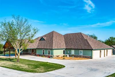 Osage County, Washington County Single Family Home For Sale: 396569 W 2400 Road