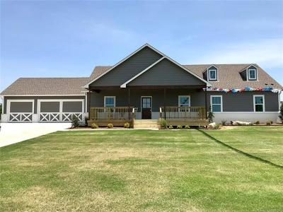 Collinsville Single Family Home For Sale: 18183 Hobbs Creek Road