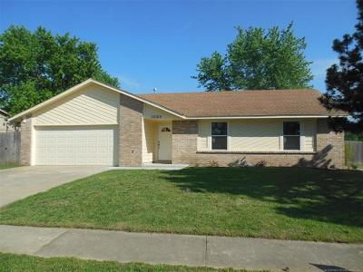 Owasso Single Family Home For Sale: 12002 E 80th Place N