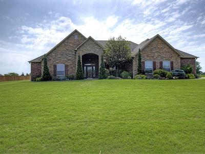 Claremore Single Family Home For Sale: 19337 S Quail Run Court