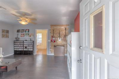 Collinsville Single Family Home For Sale: 820 S 12th Street