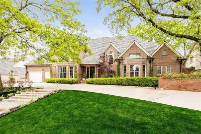Tulsa Single Family Home For Sale: 6129 S Louisville Avenue
