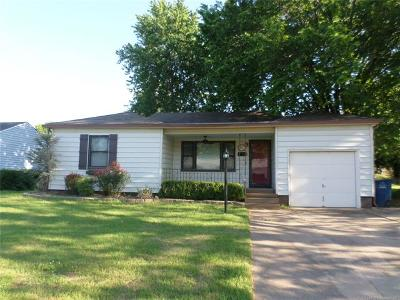 Tulsa OK Rental For Rent: $900