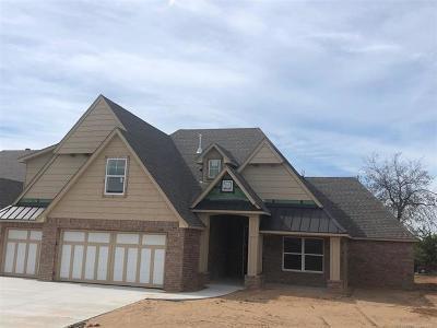 Tulsa Single Family Home For Sale: 12114 S Darlington Avenue