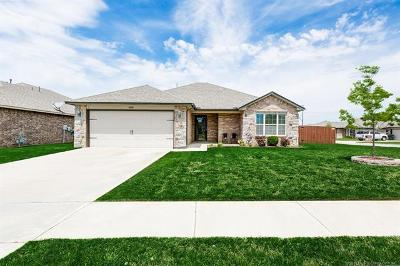 Collinsville Single Family Home For Sale: 13359 E 133rd Street N