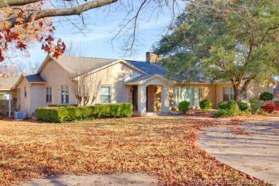 Ada Single Family Home For Sale: 330 W Kings Road