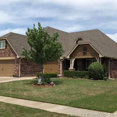 Owasso Single Family Home For Sale: 11905 E 105th Place North N