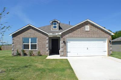 Owasso Single Family Home For Sale: 10602 N 100th East Avenue