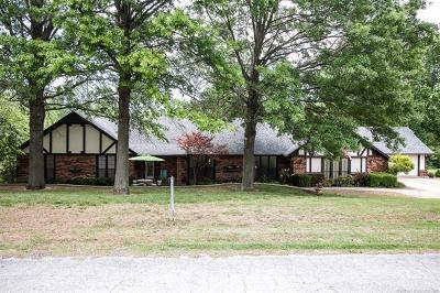 Claremore Single Family Home For Sale: 12072 E Hill Drive