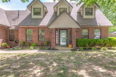 Jenks Single Family Home For Sale: 71 Fox Run Circle