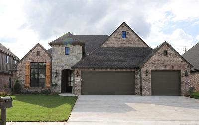 Broken Arrow Single Family Home For Sale: 6618 S Willow Place