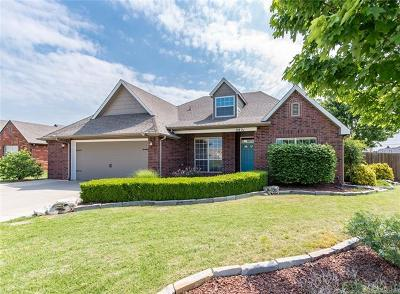 Owasso Single Family Home For Sale: 8821 N 144th East Avenue