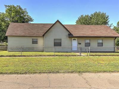 Sapulpa Single Family Home For Sale: 201 S Walnut Street