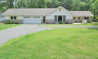 Park Hill Single Family Home For Sale: 26805 S 520 Road
