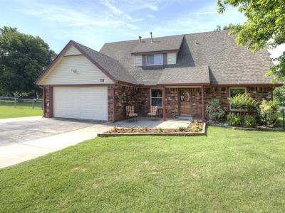 Owasso Single Family Home For Sale: 14744 E 74th Street North