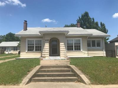 Tulsa Single Family Home For Sale: 2323 E 13th Street