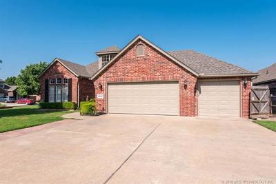 Owasso Single Family Home For Sale: 9902 N 120th East Avenue