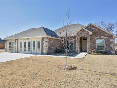 Broken Arrow Single Family Home For Sale: 200 S 47th Street