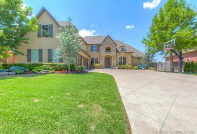 Tulsa Single Family Home For Sale: 11324 S College Avenue