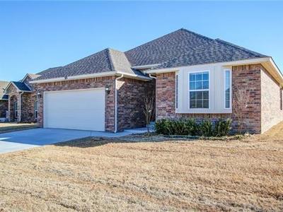 Broken Arrow Single Family Home For Sale: 213 S 47th Street E
