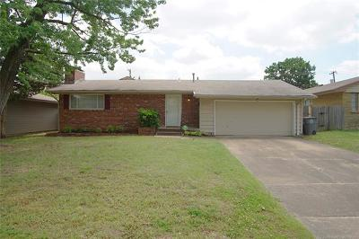 Single Family Home For Sale: 5732 E 25th Place