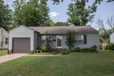 Tulsa Single Family Home For Sale: 1551 50th Place