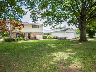 Claremore Single Family Home For Sale: 26215 S Newport Road