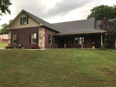 Fort Gibson OK Single Family Home For Sale: $298,000