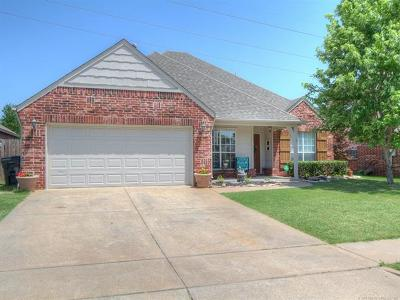 Jenks Single Family Home For Sale: 1207 W 119th Street S
