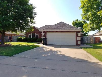 Collinsville Single Family Home For Sale: 12002 N 109th East Avenue