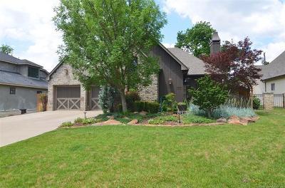 Tulsa Single Family Home For Sale: 1515 E 35th Place