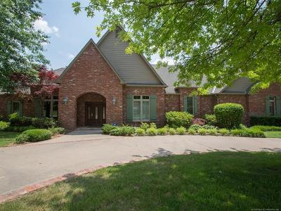 Tulsa Single Family Home For Sale: 5420 E 120th Street