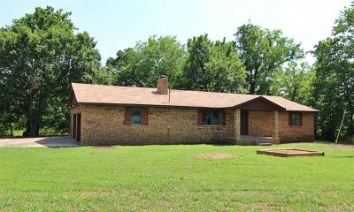 Fort Gibson Single Family Home For Sale: 11057 W 805 Road