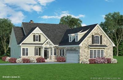 Single Family Home For Sale: 207 Derrick Lane